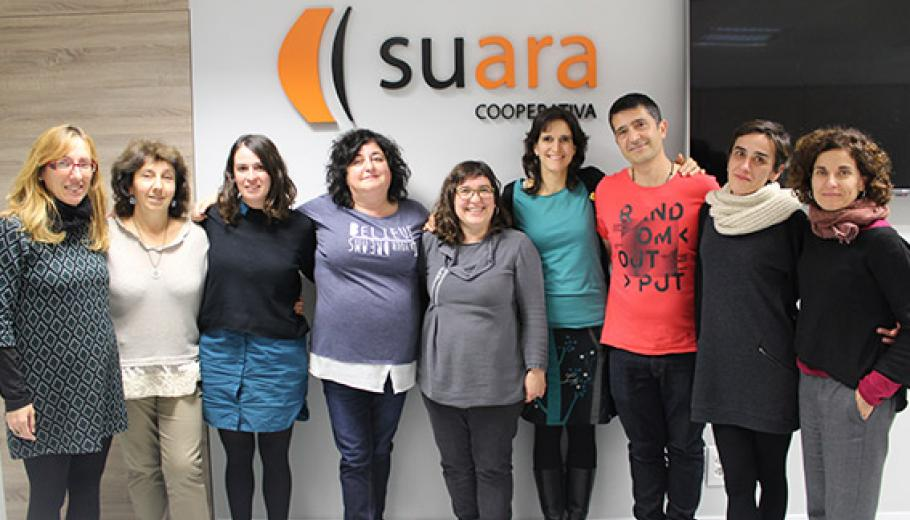 Group photo of the Comitè d'Ètica de Suara